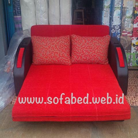 sofabed merah imlek